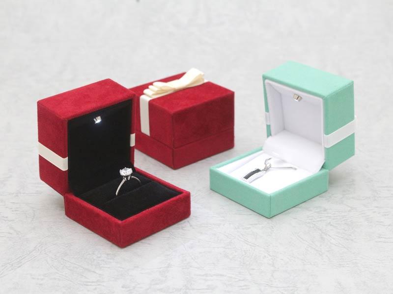 寄情LED燈戒盒吊墜盒-Ribbon Velvet LED Ring Box